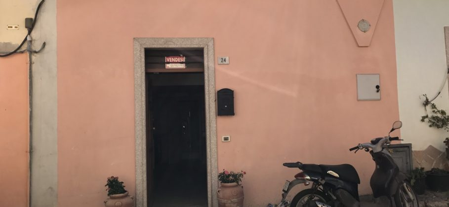 9451 OLBIA  fisherman's house in hystorical center