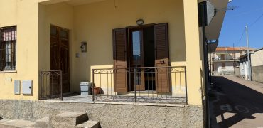 9735 PADRU – appartamento arredato in vendita