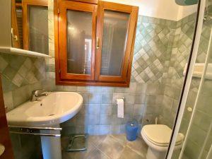 15464 POSADA Villa mit Swimmingpool mit 5 Apartments, Keller und Garage. %