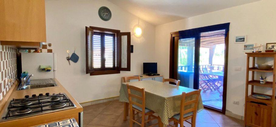 13921 Budoni appartamento al primo piano con terrazzo coperto