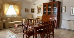 12872  Budoni villa bifamigliare al centro del paese